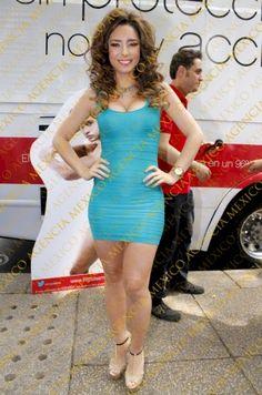 Ariadne Diaz Ariadne Diaz, Gabriela Vergara, Queen, Sexy Legs, Girlfriends, Baby, Beautiful Women, Bodycon Dress, Celebrities