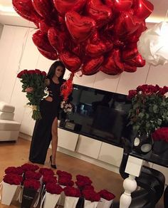 ♚Queen Rubenona♚ Romantic Surprise, Romantic Proposal, Romantic Room, Proposal Ideas, Birthday Goals, Girl Birthday, Spoiled Girlfriend, Valentine Day Gifts, Valentines