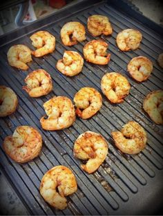 Grill half a pound of shrimp in 90 seconds on the panini press!