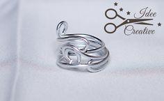 Anello interamente realizzato con filo wire. Realizzato a mano. Per info contattami
