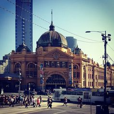 Flinders street station in Melbourne Holiday Places, Holiday Destinations, Places Around The World, Around The Worlds, Travel Oz, Melbourne Travel, It's Wonderful, Melbourne Victoria, Melbourne Australia