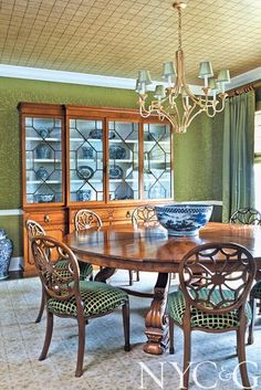 Designer Sherrill Canet Lends a Sophisticated Air to a Tudor-style Beauty in Syosset