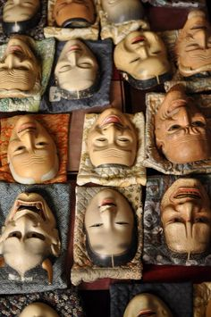 Japanese Noh masks Bazar Bizarre, Japanese Noh Mask, Noh Theatre, Japan Art, Nihon, Japanese Culture, Puppets, Art Dolls, Oni Mask