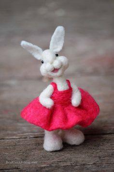 Bear Creek Bunny #277 needle felted by Teresa Perleberg