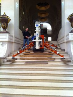 Best 100 47Sj Atrium Compact Tracked Spider Lift Crawling In 640 x 480