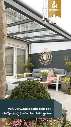 Lekker van de zomer genieten in de tuin? Dat kan natuurlijk niet zonder heerlijke loungeset! | A loungeset in your garden! | #hartman #loungeset #tuin #garden | Eigen Huis & Tuin Pergola, Garage Doors, Outdoor Structures, Outdoor Decor, Inspiration, Home Decor, Biblical Inspiration, Decoration Home, Room Decor