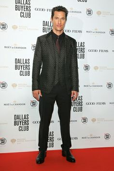 """During """"Dallas Buyers Club"""" premiere in Rome, Matthew McConaughey wears a special edition pair of shoes designed by Salvatore Ferragamo. #premiere #rome #matthewmcconaughey #specialedition #shoes #salvatoreferragamo @Salvatore Ferragamo  #fashion #star #style #look"""