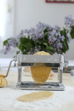 My world in a jar Paste, Jaba, Bread Recipes, Homemade, Home Made, Diys, Hand Made
