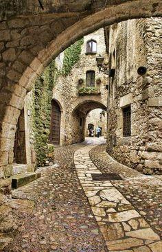 spain travel Pals, localizada na Costa Brava, Provncia de Girona, Catalunha, Espanha. Places Around The World, Oh The Places You'll Go, Places To Travel, Places To Visit, Around The Worlds, Travel Destinations, Africa Destinations, Travel Stuff, Magic Places