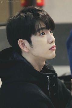 Jinyoung [진영] | Park Jinyoung [박진영]