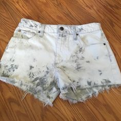 Joes Jeans Shorts W26! In great condition! Perfect for summer Joe's Jeans Shorts