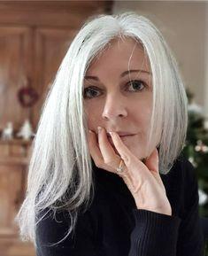 Purple Grey Hair, Grey Hair Over 50, Grey Hair Dye, Grey White Hair, Silver Blonde Hair, Long Gray Hair, Lilac Hair, Pastel Hair, Green Hair