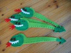 Punts de llibre de feltre x St. Jordi Crochet Bookmarks, Rabbit Toys, Saint George, Diy For Kids, Marie, Crafts, School, Bookmarks, Princesses