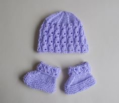 Lilac Blossom Baby Hat & Bootees Published in Marianna's Lazy Daisy Days