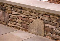 New garden seating concrete retaining walls ideas Retaining Wall Blocks, Garden Retaining Wall, Concrete Retaining Walls, Stone Retaining Wall, Concrete Patio, Concrete Walls, Sloped Garden, Patio Slabs, Flagstone Patio