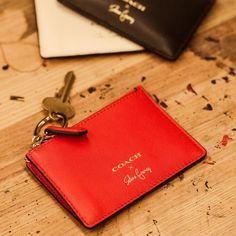 a3a5b3e6661 16 Delightful Coach images   Totes, Coach bags, Feminine fashion