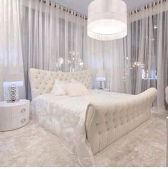 Gorgeous guest bedroom idea.  So Miami, very hotel like