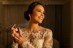 Casamento Patrícia e Caio #noiva #belezadanoiva #bridalbeauty Acesse http://noivadeevase.com/casamentos-reais-patricia-e-caio/