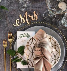"""Valerie Smith on Instagram: """"Sometimes I get to do my very favorite thing ...... set a beautiful table for a small intimate at home wedding!! 💖😍✨I have the best job…"""" Home Wedding, Rustic Wedding, Wedding Ideas, Good Job, Place Settings, Marry Me, Perfect Place, Tablescapes, Bridal Shower"""