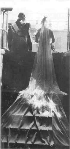 Crownprince Frederick of Denmark and Pss Ingrid of Sweden in the day of their wedding. May 241935