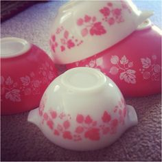 Pink Gooseberry Pyrex - so pretty!!