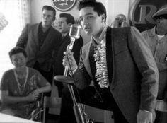 Press Conference, Minnie Pearl, Sonny West, Joe Esposito and Elvis. USS Arizona Memorial Benefit