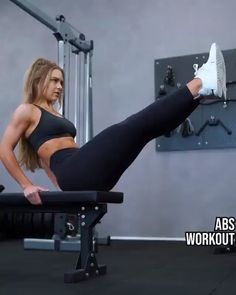 Add this flat stomach core exercise to your abs workout circuit to tone and tighten your abs. Add this flat stomach core exercise to your abs workout circuit to tone and tighten your abs. Sixpack Workout, Sixpack Training, Best Cardio Workout, Workout Videos, Gym Workouts, At Home Workouts, Workout Circuit, Workout Fitness, Fitness Abs