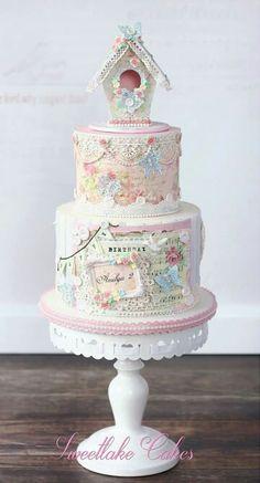 Beautiful vintage birdcage cake