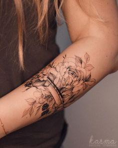 Red Ink Tattoos, Flower Tattoos, Black Tattoos, Small Tattoos, Sleeve Tattoos, Butterfly Tattoos, Tiny Tattoo, Cuff Tattoo, Tattoo Bracelet