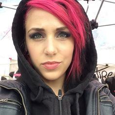 New York you're freezing today! I'm all bundled up at the Merch table- come say hey! We play 6:50 in the amphitheater:) Ariel Bloomer of Icon For Hire