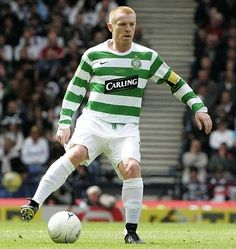 Neil Lennon one very nasty man . Celtic Fc, Football Team, Glasgow, Sports, Pitch, Legends, Paradise, Check, Collection