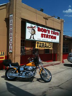 Bob's Taco Station Great sno cones and they were featured on Diners, Drive Ins and Dives. Taco Station, Houston Livestock Show, Texas Bucket List, Places To Eat, Eating Places, Sno Cones, Motorcycle Travel, Guy Fieri, Tamales
