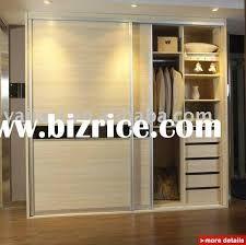 Resultado de imagen para glass wardrobe door designs for bedroom indian Glass Wardrobe Doors, Sliding Door Wardrobe Designs, Sliding Door Design, Wooden Wardrobe, Build Wardrobe, Closet Doors, Cheap Wardrobe Closet, Cheap Wardrobes, Wardrobe Design Bedroom