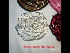 *BOUTIQUE DOS BORDADOS EM PEDRARIAS*: ROSAS DE VIDRILHOS BORDADAS NE ENTRETELA 7X7