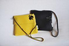 POSTINO XL Dark Yellow and Black