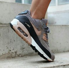 "Nike WMNS Air Max 90 leather ""metallic red bronze"""