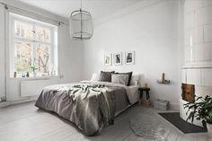 Scandinavian-Homes-tomtebogatan-bedroom-white