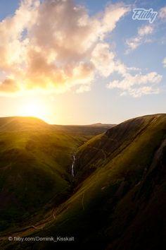 I checked the position the sun should set behind the mountains before I went there, using The Photographers Ephemeris https://fliiby.com/file/c7hlj5ykgpf/?utm_content=buffer5de0e&utm_medium=social&utm_source=pinterest.com&utm_campaign=buffer #photo #nature #landscape