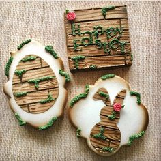 Check out my stencils and how to for making these over at @stencibelle #cookies #decoratedcookies #sugarcookies #decoratedsugarcookies #syencibelle
