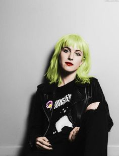 Hayley's new hair dye line! | Community Post: 10 OBVIOUS Things Paramore Fans…