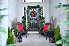 front porches decorated for christmas | Thanks so much for stopping by the Fence on this Friday and don't ...