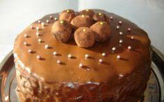 Retete Culinare - Tort de ciocolata cu trufe