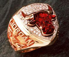 10 Chicago Bulls 1993 championship ring, Michael Jordan's ring.