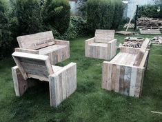 Pallet Chairs and Benches
