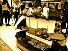 Selection of Simone Markham handbags