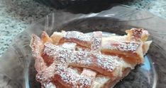 Almás pudingos pite - Süss Velem Receptek French Toast, Cupcake, Pie, Breakfast, Food, Candy, Torte, Morning Coffee, Cake