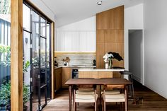 kitchen - Terrace house in Paddington - via cocolapinedesign.com