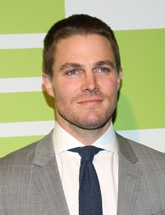 'Arrow' Season 4 Spoilers: Oliver Queen Gains New Skill! League Of Assassins Friends Or Foes? - http://imkpop.com/arrow-season-4-spoilers-oliver-queen-gains-new-skill-league-of-assassins-friends-or-foes/