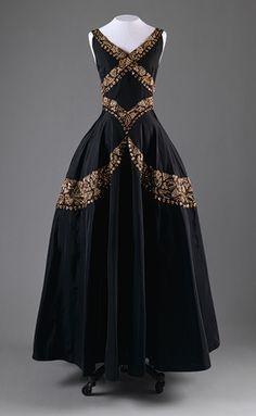 Evening dress, ca. 1938  Mainbocher
