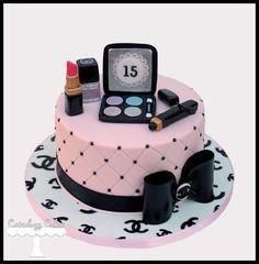 Chanel Cake - by CuteologyCakes @ CakesDecor.com - cake decorating website